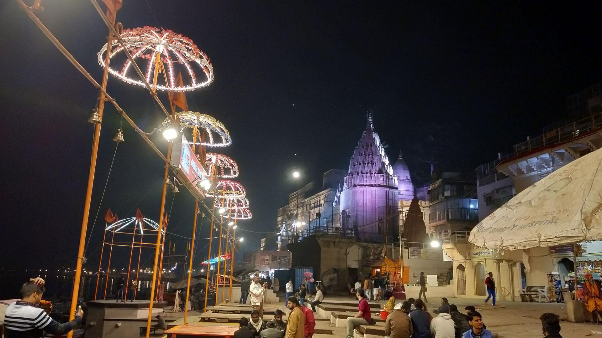 5c98aa55c78f4-kashi-vishwanath-temple-sightseeing
