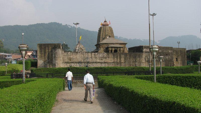 1416899097_baijnath-temple