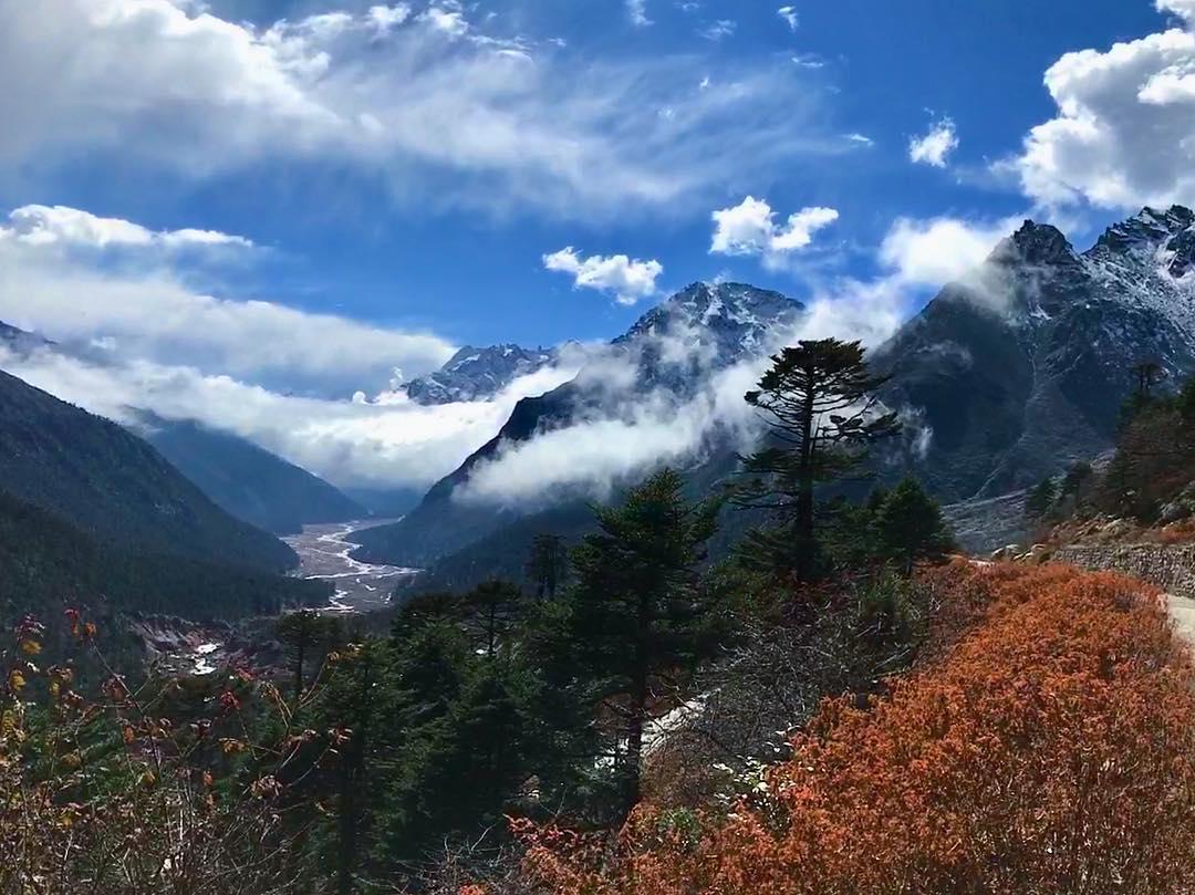 yumthang-valley-road