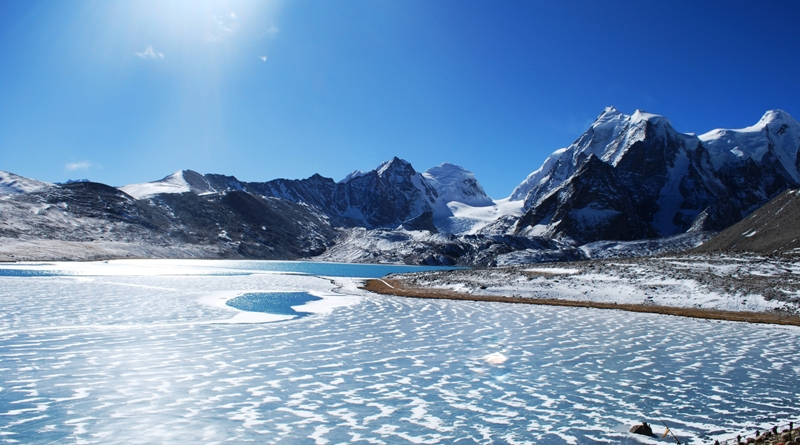 seekim-gurudongmar-lake-north-sikkim-2