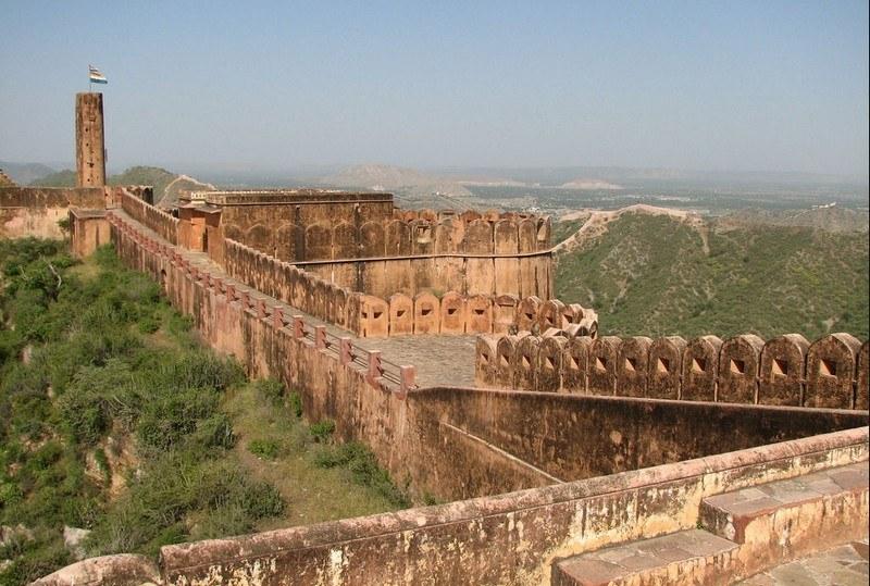 151648856jaipur_jaigarh_fort_main