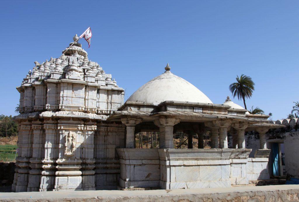 achaleshwar-temple