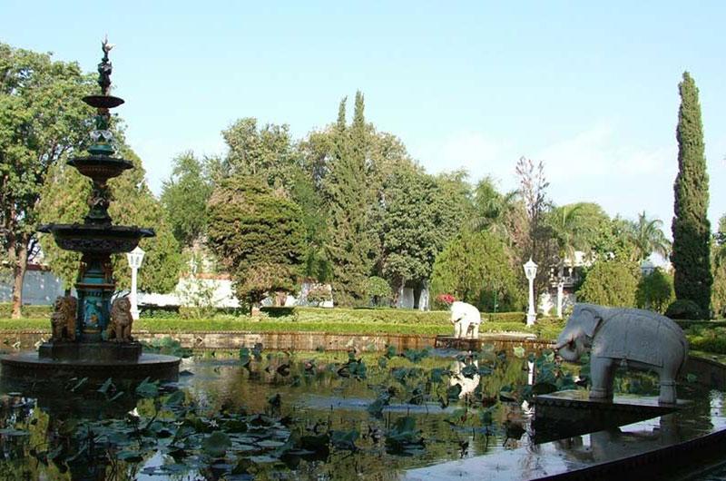 sahelion-ki-bari-gardens