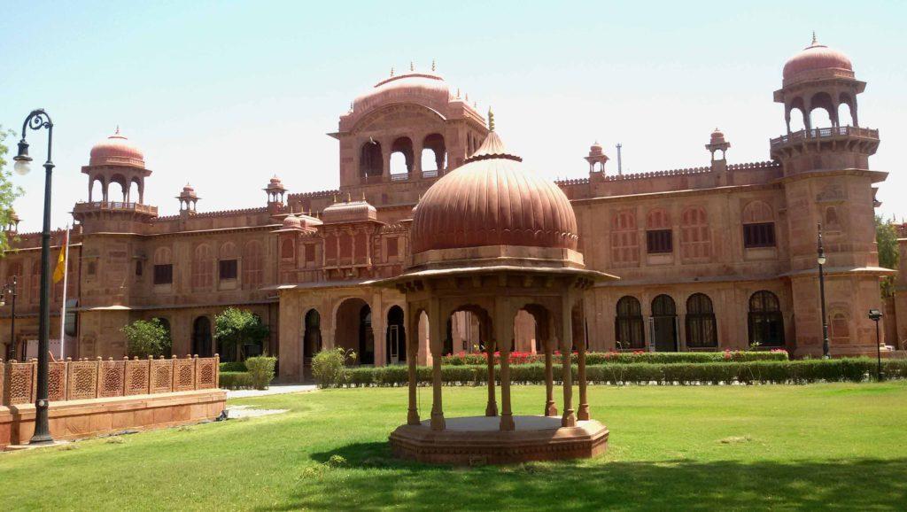lallgarh-palace